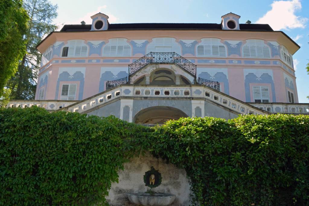 Rococo Summer Manor Bellarie