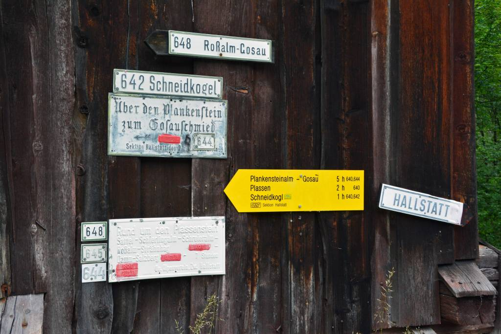 Hiking Holiday Austria Salzkammergut trail sign