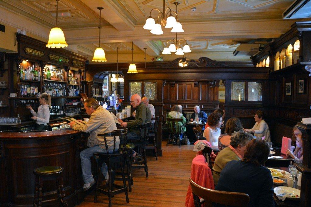 Ennis a friendly irish town forget someday old ground hotel poets corner altavistaventures Image collections
