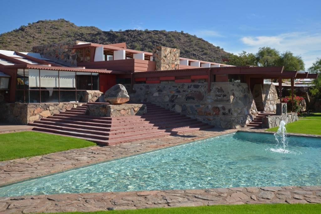 Scottsdale (327)