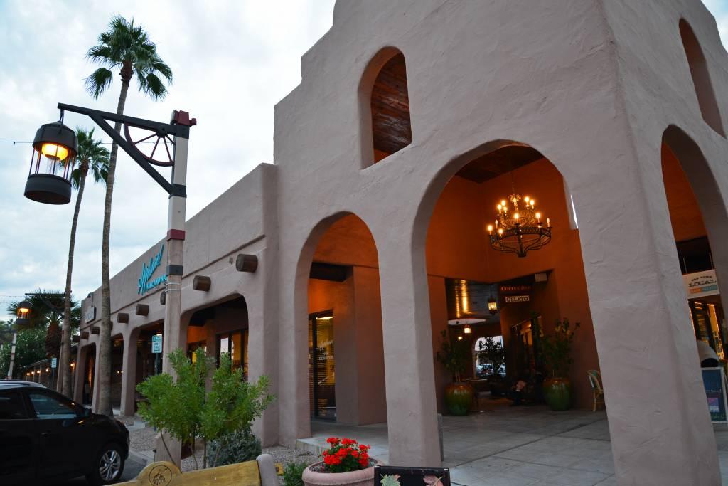 Scottsdale (800)