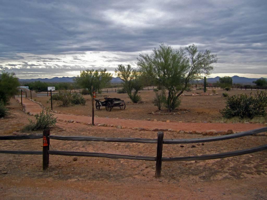 Scottsdale (818)