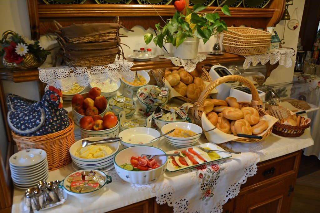 Hotel Schernthaner breakfast spread