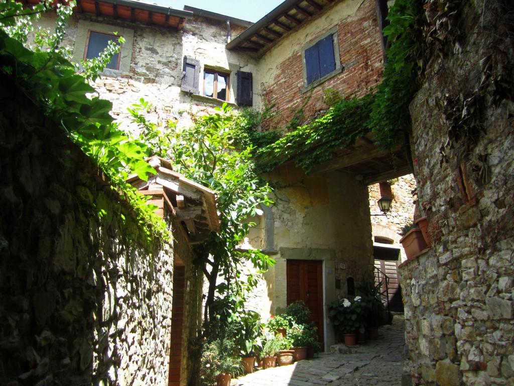 tuscany village wallpaper anghiari - photo #19